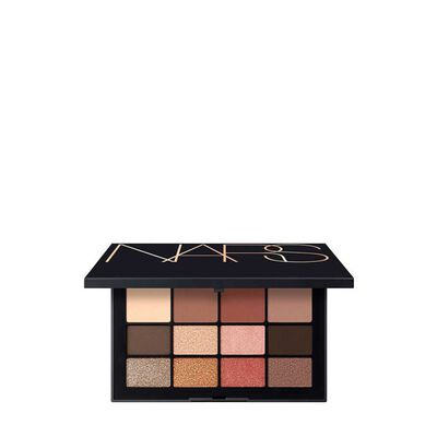 Traveler's Exclusive Jetsetter Face Palette