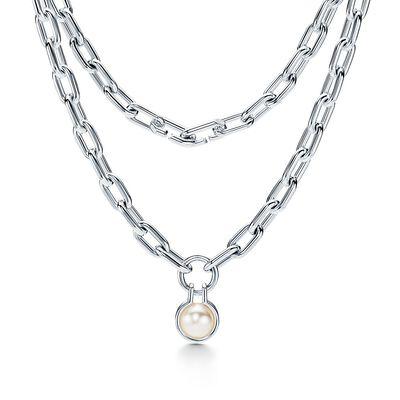 Tiffany City HardWear freshwater pearl necklace in sterling silver